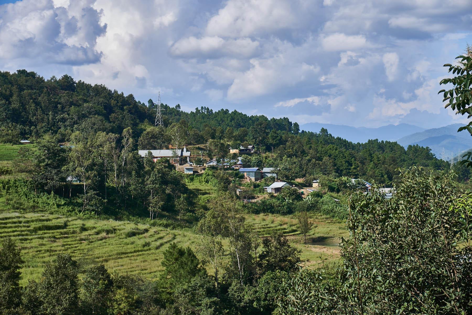 Mała osada na wzgórzu
